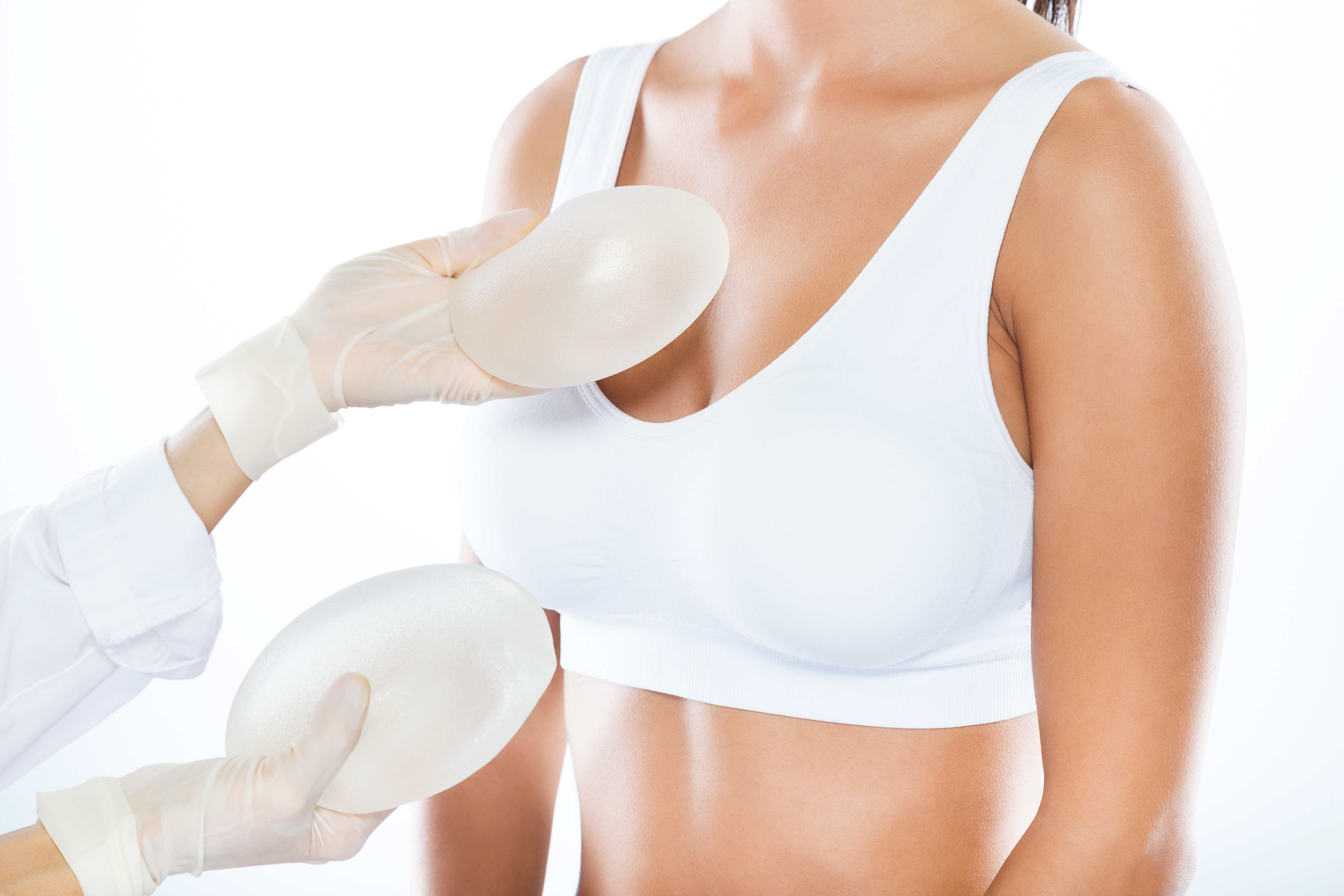 Le cabinet esthétique Bordeaux propose des alternatives aux implants mammaires